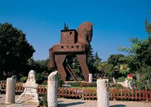 5 Days Istanbul - Gallipoli - Troy Tour Package By Bus